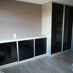 Gallery thumb kast met dressoir